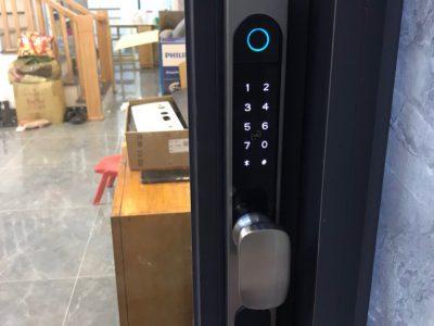 Cửa như thế nào thì lắp được khóa vân tay?